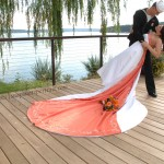 Clearwater's waterfront setting is a picturesque backdrop for wedding ceremonies and receptions. Whether you desire an elaborate formal celebration or casual barefoot ceremony in the grass, we can comfortably accommodate up to 100 guests.